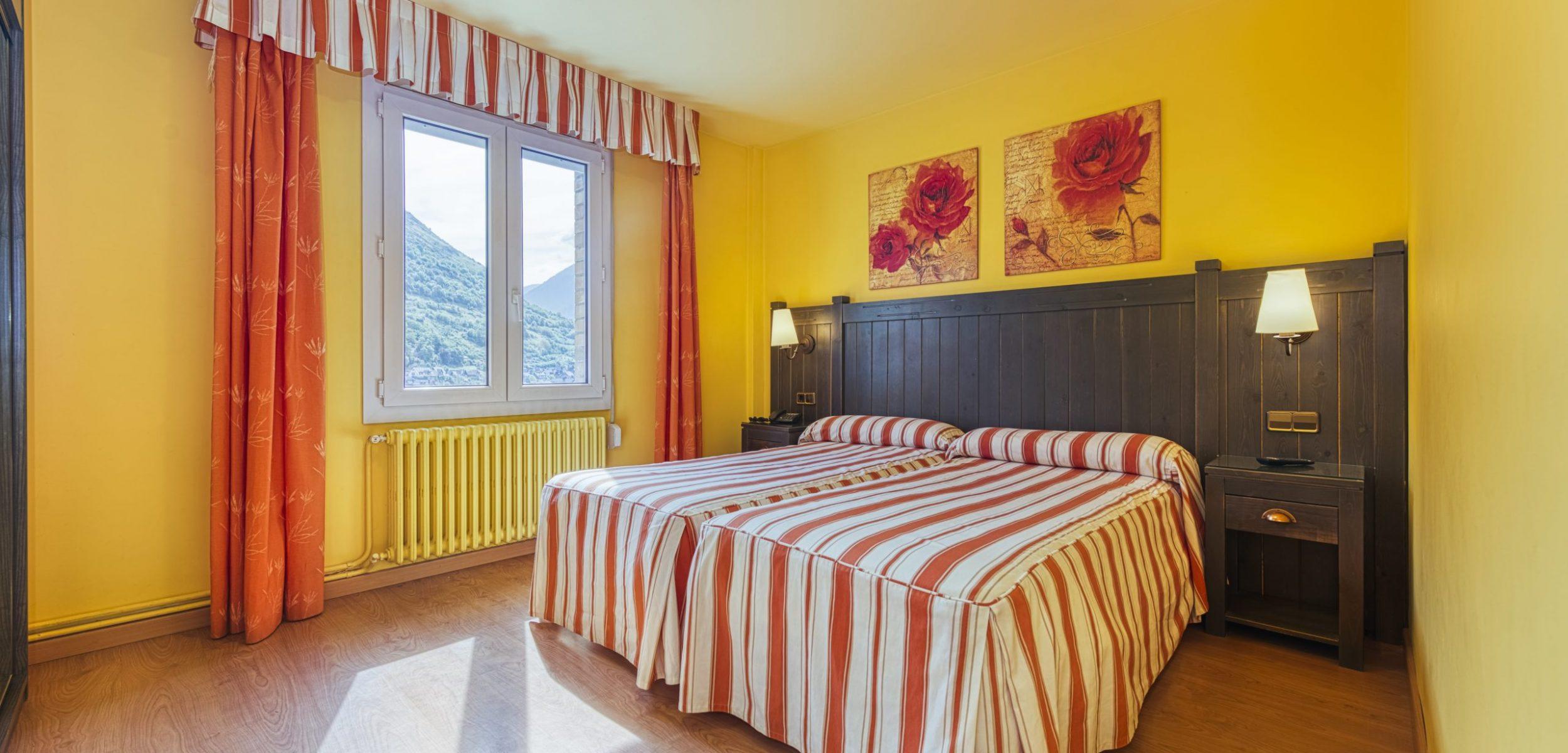 Hotel_Viella (26 of 38)-min